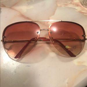 nwt black and gold aviator sunglasses